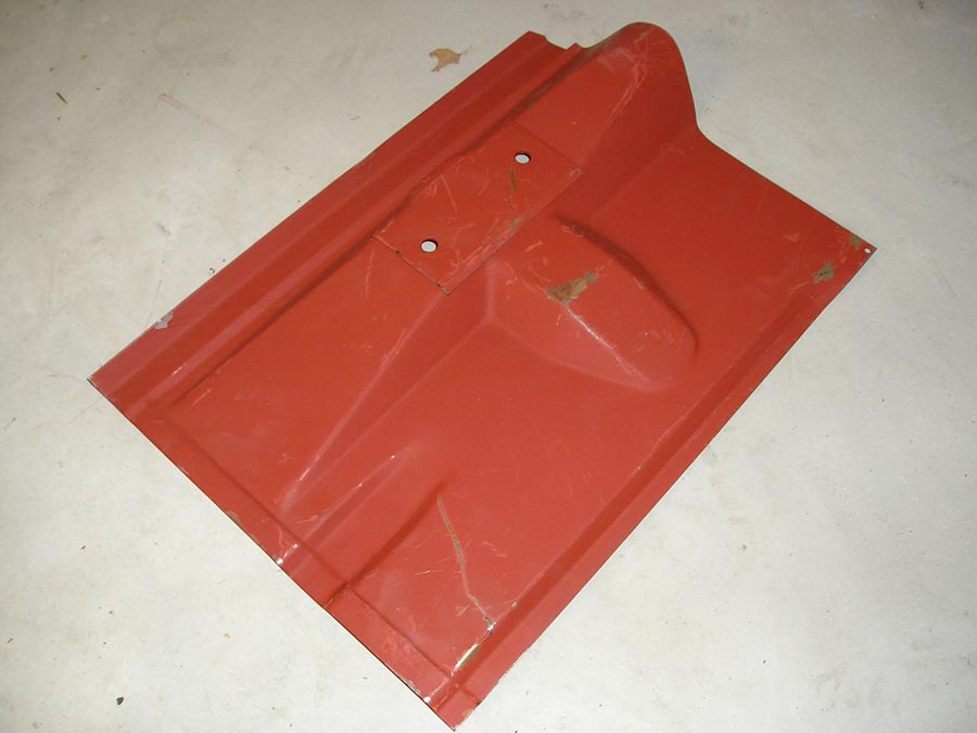 NOS repair sections - rear floor. Left and right sides. Saab 96 V4.
