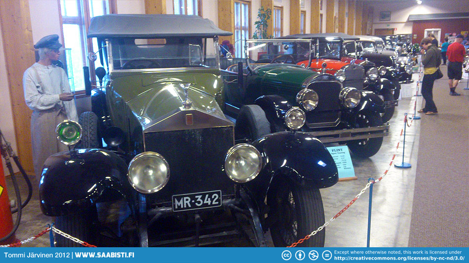 Vehoniemi Car Museum has a nice collection of older cars and motorbikes.