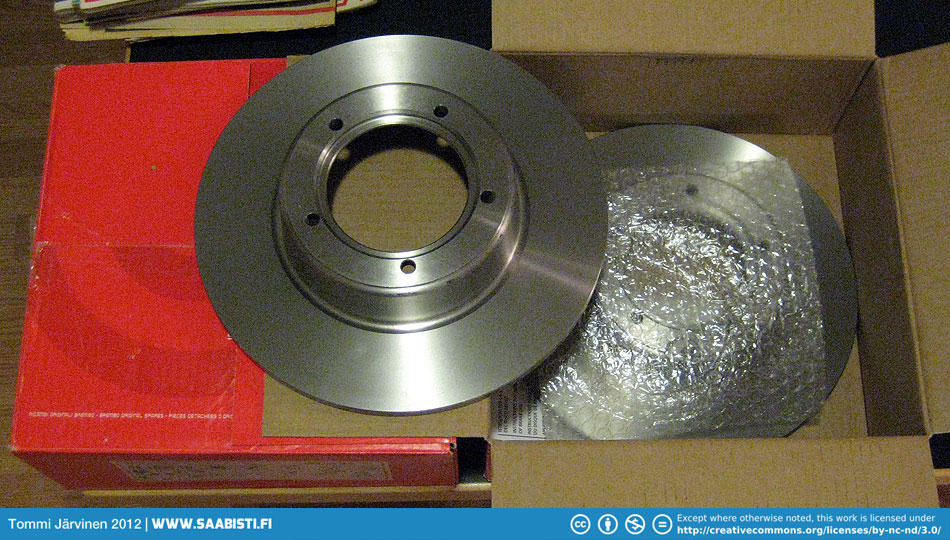 As these were availlable I just had to buy two sets of brake disks for V4.