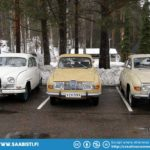 Saab oldtimers at the event site.
