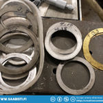 Selecting the proper crown wheel shims.