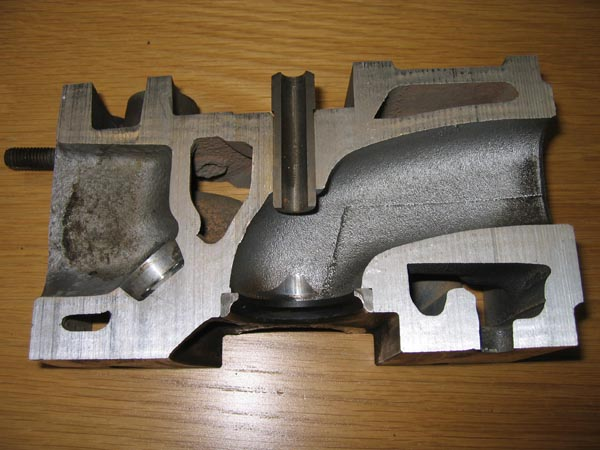 Restriction on the intake valve. Image linked from http://forum.savarturbo.se/viewtopic.php?f=11&t=14351&start=405